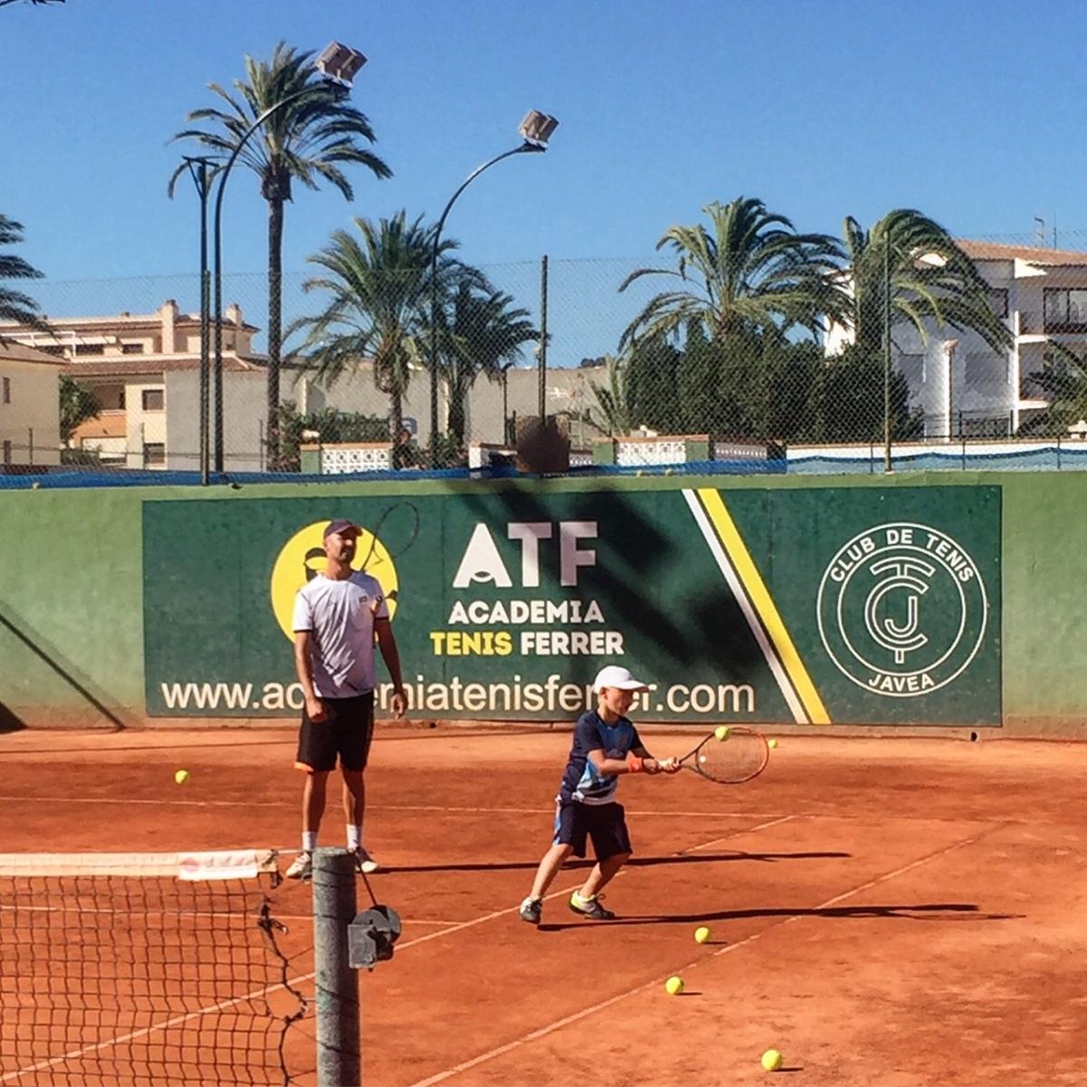 Pierwsze treningi Janka w akademii Ferrera