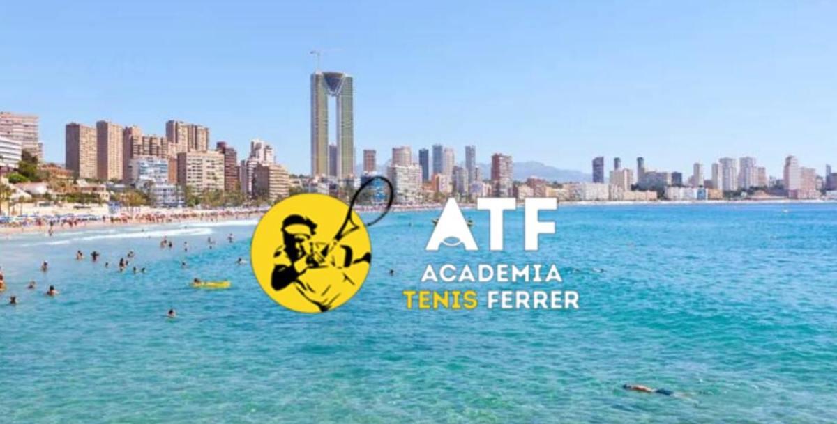 Akademia Davida Ferrera poszerza swoje horyzonty